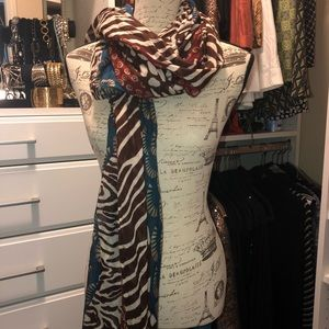 Lovely large scarf / wrap